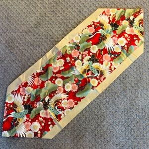 NWOT Japanese Table Runner